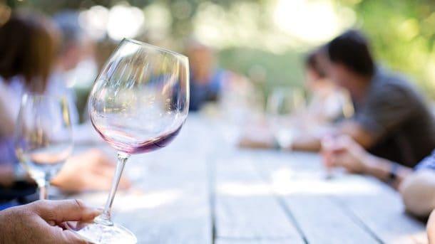 copa en el wine tasting